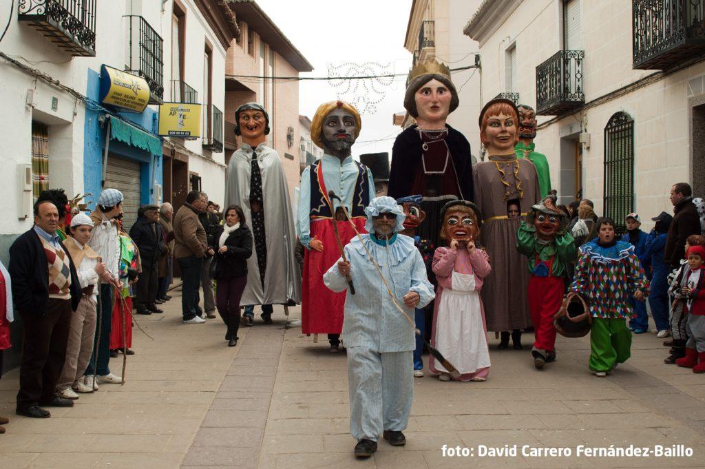 gigantes-y-perle-carnaval-de-herencia2